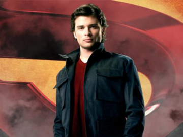 Crisis-on-Infinite-Earths-Crossover Tom Welling Smallville